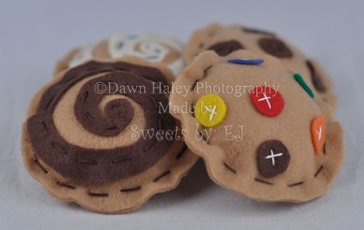 Custom Made Felt Cookies With M&M'S, Chocolate And Vanilla Swirls, And Chocolate Chips