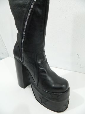 Custom Made Platform Boot With Twisted Sipper Design