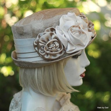 Custom Made Edwardian Ridding Bucket Hat In Pale Gold And Champagne