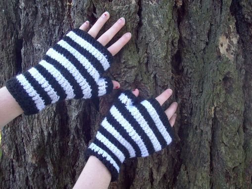 Custom Made Black And White Stripe Fingerless Mittens