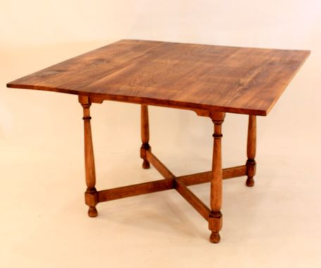 Custom Made #Dt-25 Square Antique Pine Farm Table