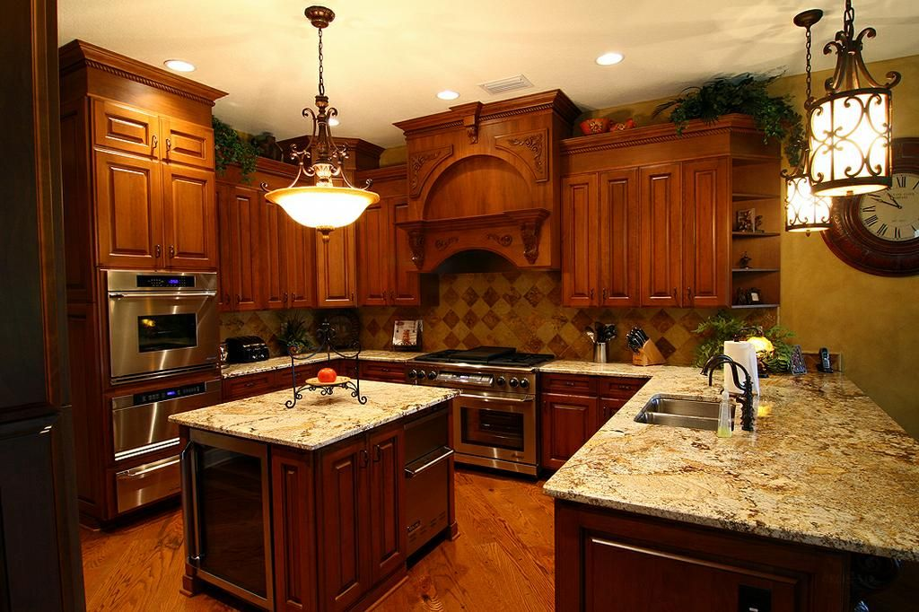 mike frontczak custom creations cabinetry fine furniture stow oh