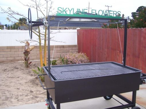 Custom Made Large Santa Maria Bbq Pit Grill