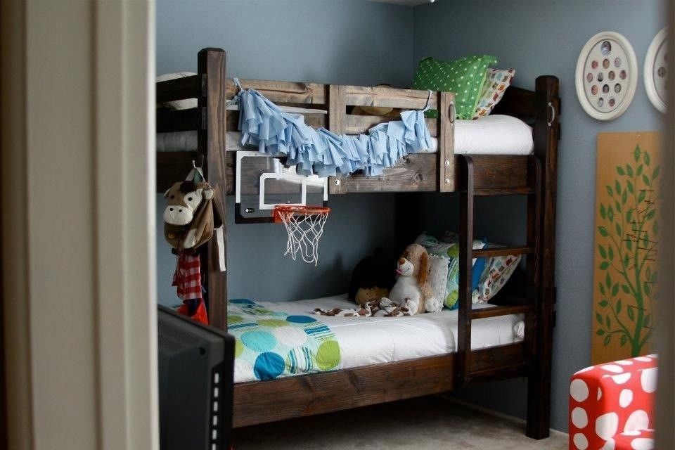 Hand Crafted Rustic Custom Bunk Bed Design By Thecarpenterant