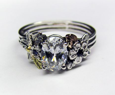 Custom Made Oval Diamond & 18k Gold Engagement Ring - 1.0 Ct Diamond