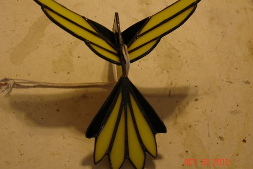 Custom Made 3d Flying Stained Glass Bird In Yellow And Black Sz 9 X 8 1/2