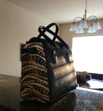 Custom Made Hand Painted Purse. Contemporary, Abstract Design.