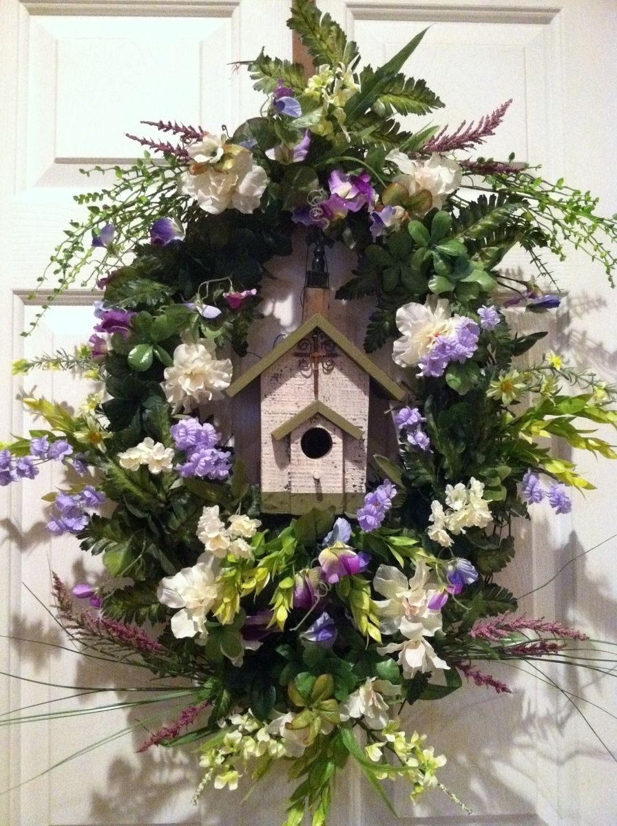 custom birdhouse wreaths