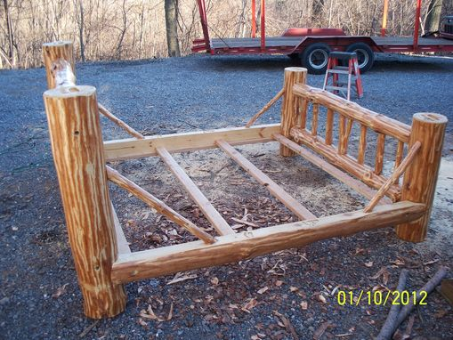 Custom Made Rustic Red Pine Log Bed /Wildlife Series