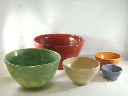 Custom Made Nesting Bowls - Set Of Five Serving Bowls In Blue, Green, Red, Purple And Yellow