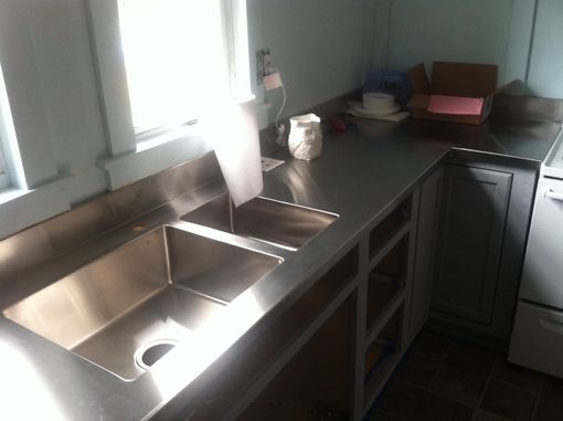 Custom Made Integral Stainless Steel Countertop And Sinks