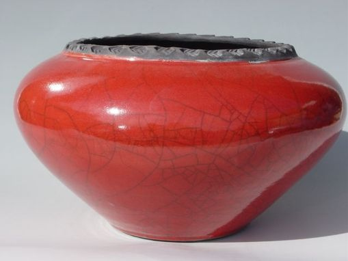 "Custom Made 8"" Cachepot Red"