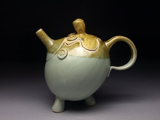Custom Made Honey Tripod Teapot