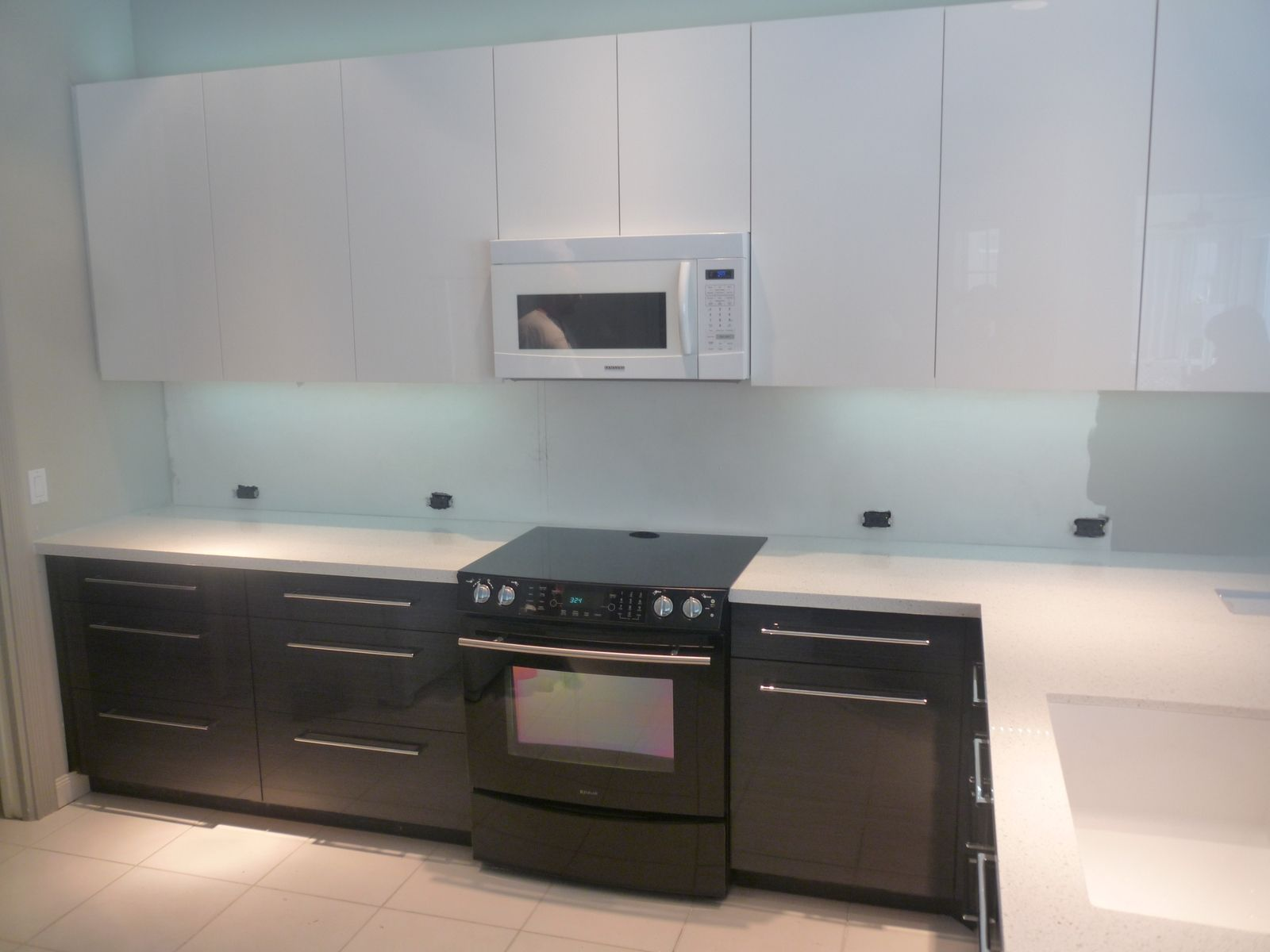 Hand crafted contemporary acrylic high gloss kitchen by for High gloss kitchen cabinets