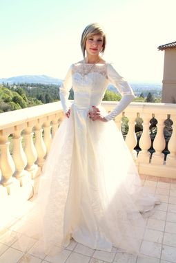Custom Made Vintage 50s Wedding Dress Satin Lace And Tulle With Sweetheart Neckline Beading