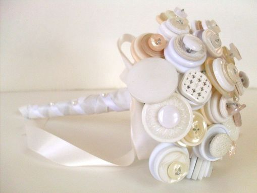 Custom Made Vintage Cream And White Buttons Bridal Bouquet
