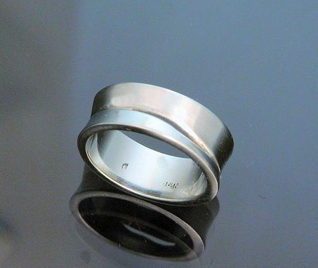 Custom Made 14kt White Gold Mens' Band