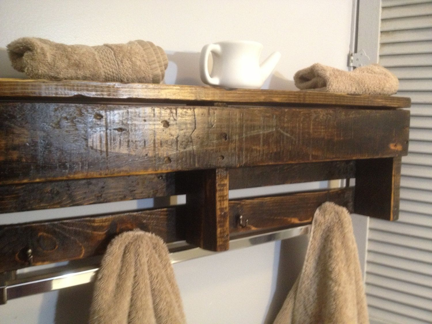 Custom handmade reclaimed pallet wood shelf entry organizer coat rack bathroom shelf Homemade wooden furniture