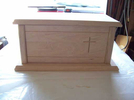 Custom Made Traditional Oak Urn With Removable Bottom