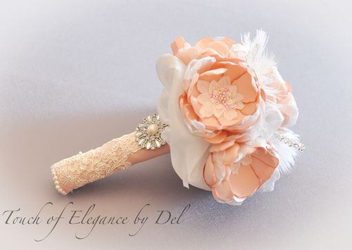 Custom Made 'Timeless Grace' Vintage-Inspired Bridal Brooch Bouquet