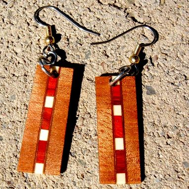 Custom Made Segmented Wood Earrings Of Mahogany, Manzanita And Holly, Very Lightweight..L025