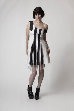 Custom Made Eco Black And White Collection 2010