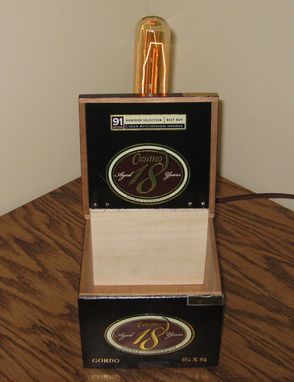 Custom Made Cigar Box Desk Lamp: Cusano 18 Gordo