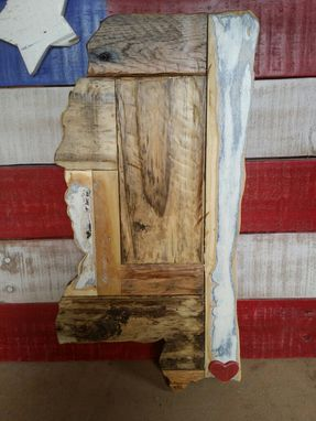 Custom Made State Plaques And Cutting Boards