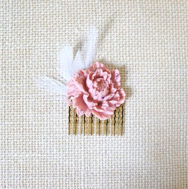 Custom Made Vintage-Themed Flower Girl Hair Comb With Pink Peony Cabochon