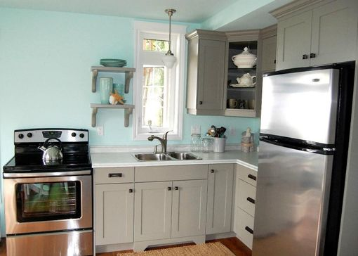 Custom Made Custom Cottage Kitchen