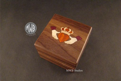Custom Made Inlaid Claddagh Engagement Ring Box With Free Engraving And Shipping. Rb-62