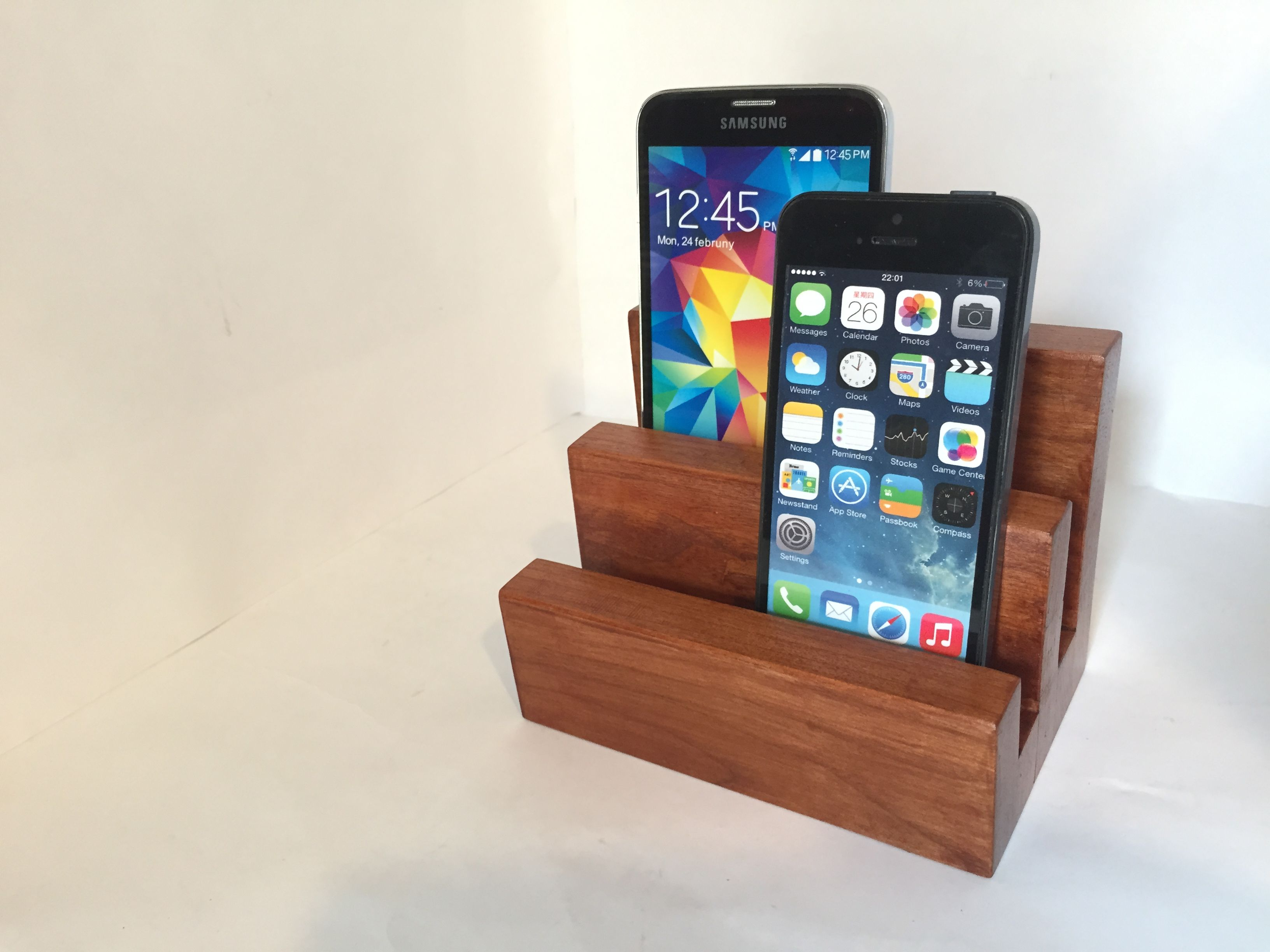 Custom Made Smartphone Iphone Tablet Docking Station Multi Phone Stand