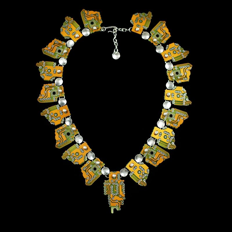 Hand Crafted Hi Tec Aztec Necklace By 2 Roses
