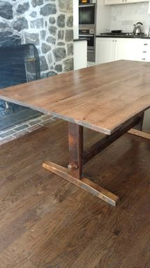 Custom Made Beautifully Handcrafted Dining Tables From 200 Year Old Reclaimed Woods