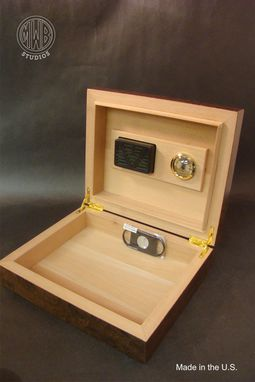 Custom Made Handcrafted Inlaid Humidor With Free Shipping.