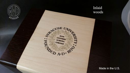 Custom Made Custom Inlaid Humidor Handcrafted In The U.S. Hd75-1 With Free Shipping.