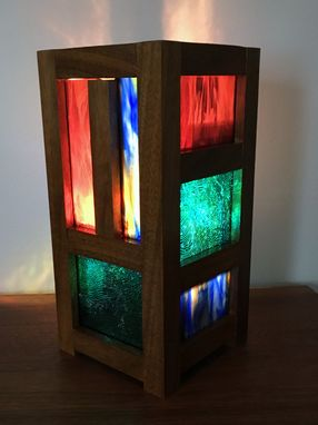 Custom Made Mission/Prairie Style Stained Glass Table/Accent Lamp