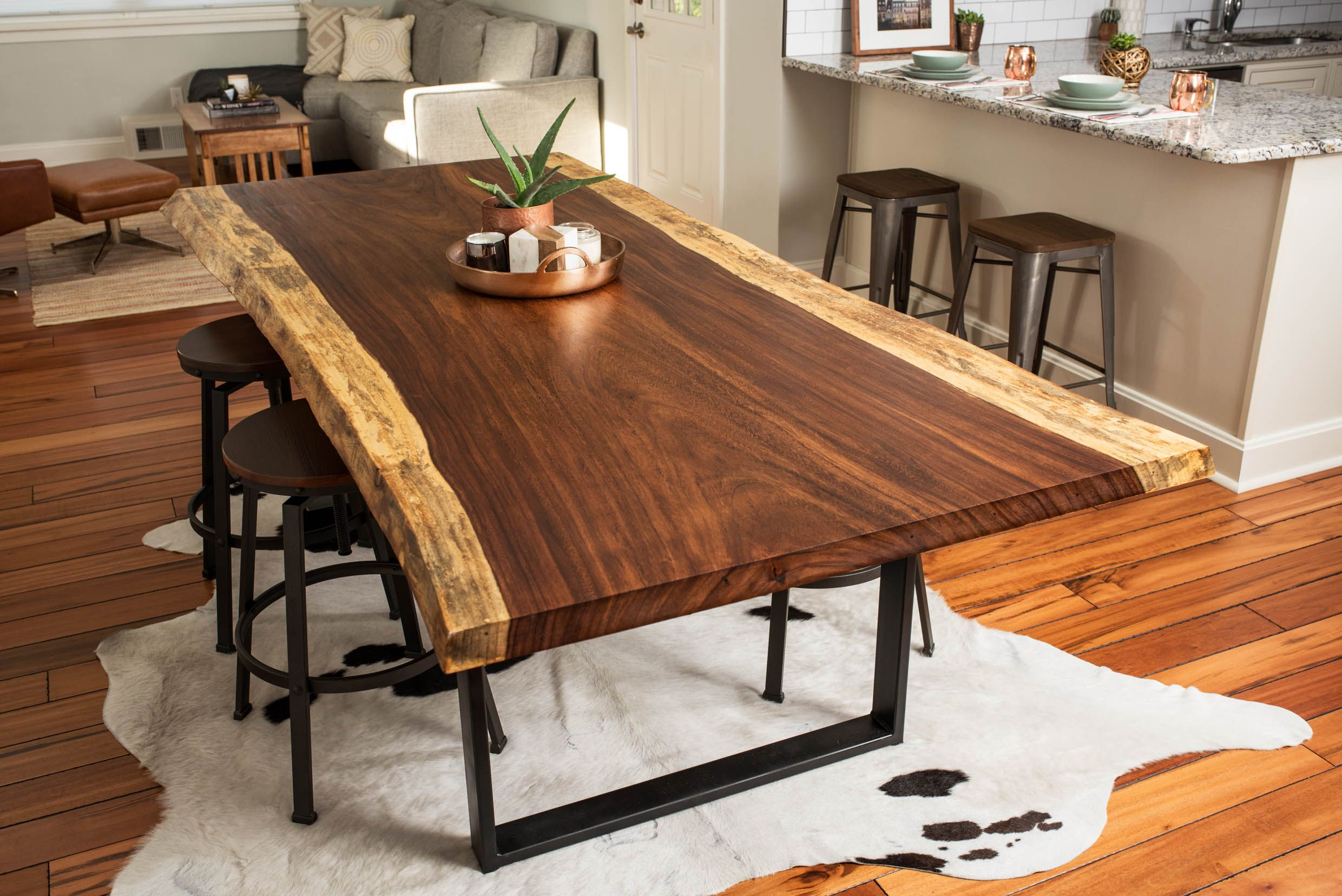 Buy a hand made live edge acacia dining conference table for Table salle manger bois brut