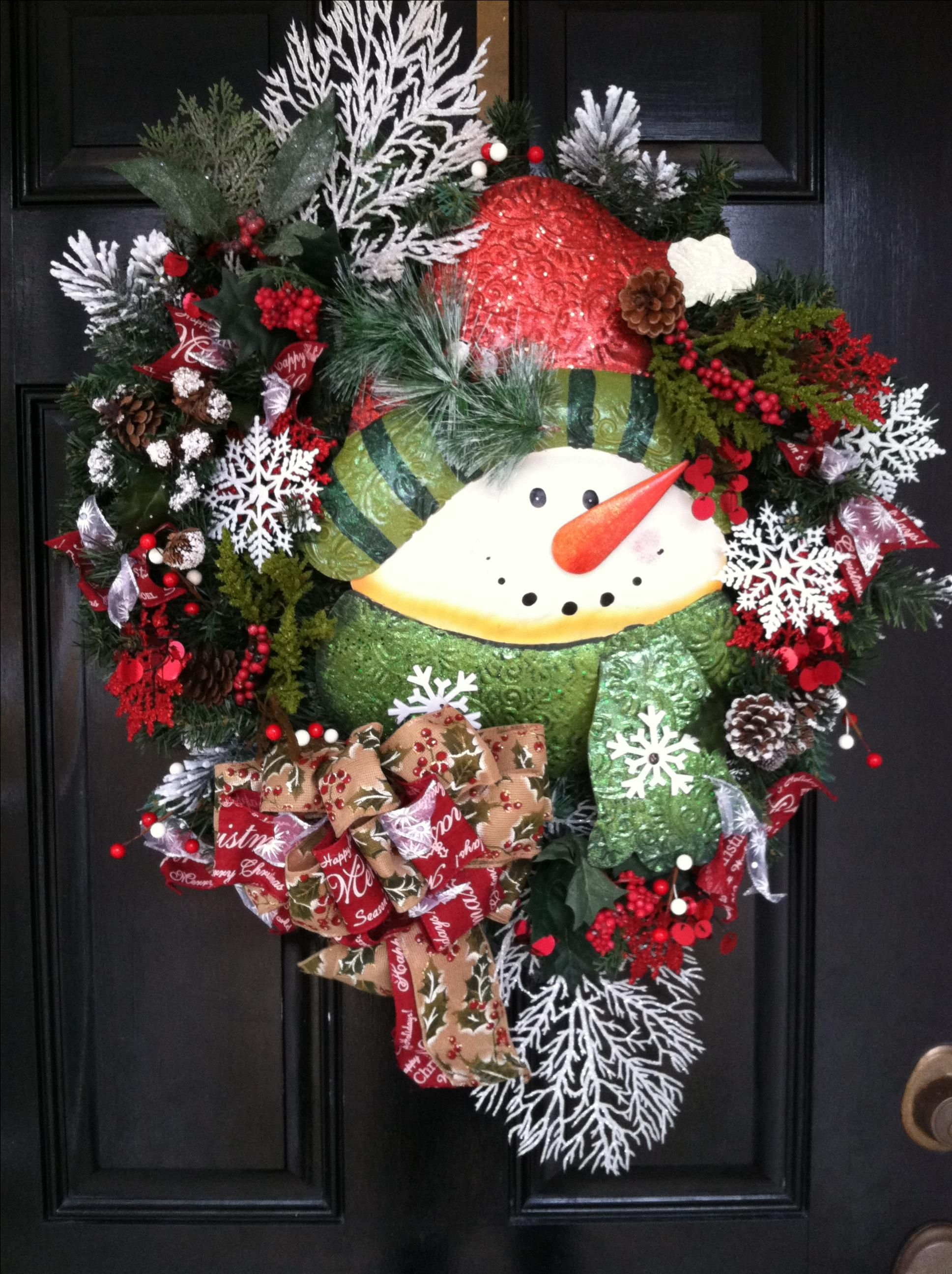 christmas wreath ideas made winter wreaths wreaths snowman wreaths 29494