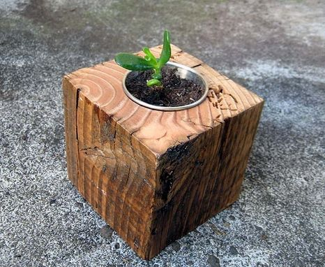 Custom Made Reclaimed Wood Min-Planter