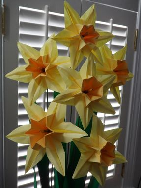 Custom Made Origami Paper Daffodils