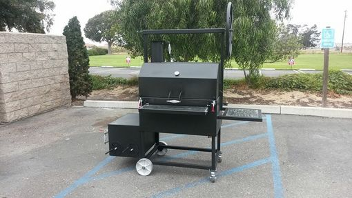Custom Made Reverse Flow Smoker Cooker, With Santa Maria Bbq Grill Option
