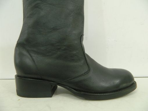 Custom Made Round Toe Men Men Or Woman Buccaneer Style Boots 27 Inches Tall And 3¨Cuff At Top