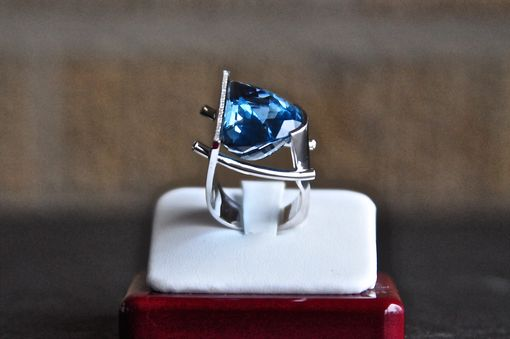 Custom Made Blue Topaz / White Gold / Diamonds Ring