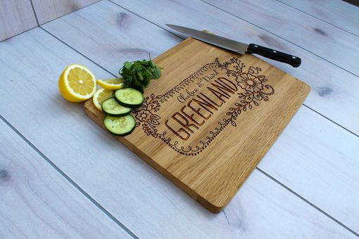 Custom Made Personalized Cutting Board, Engraved Cutting Board, Custom Wedding Gift – Cb-Wo-Greenland