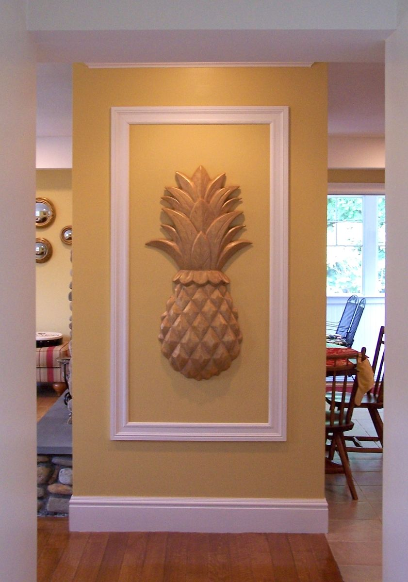 Custom large pineapple wall art by heartwood carving inc for Custom decor inc