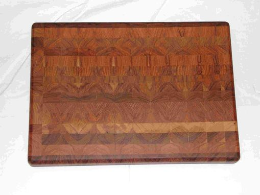Custom Made Custom Cutting Boards & Chopping Blocks