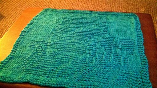 Custom Made Large Green Tree Frog Knitted Cotton Cloth For Bathroom, Kitchen, And More