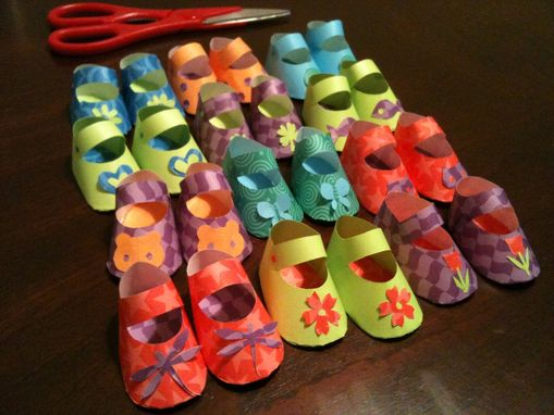 Custom Made Custom Party Favors Decorations Paper Baby Shoes For Shower Or Birthday