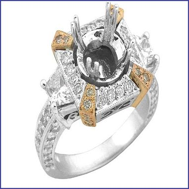 Custom Made 18kt White Gold Diamond Engagement Ring